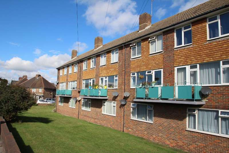 2 Bedrooms Flat for rent in Victoria Road, Portslade, East Sussex, BN41 1XX