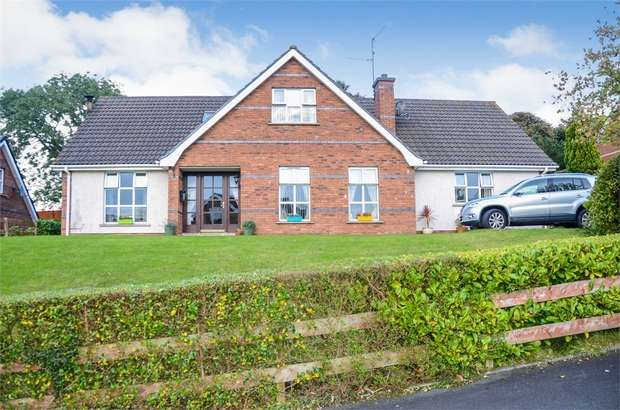 5 Bedrooms Detached House for sale in Rath Cuan Heights, Downpatrick, County Down