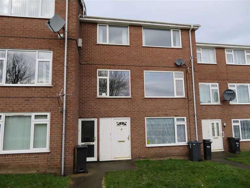 3 Bedrooms Maisonette Flat for rent in Burton Court, Connahs Quay