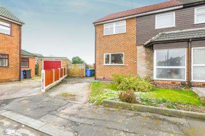 3 Bedrooms Semi Detached House for sale in St Stephen Road, Great Sankey, Warrington, Cheshire
