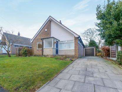3 Bedrooms Detached House for sale in Tollemache Road, Mottram, Hyde, Greater Manchester
