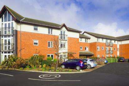 1 Bedroom Retirement Property for sale in Fairways Court, Upgang Lane, Whitby, North Yorkshire