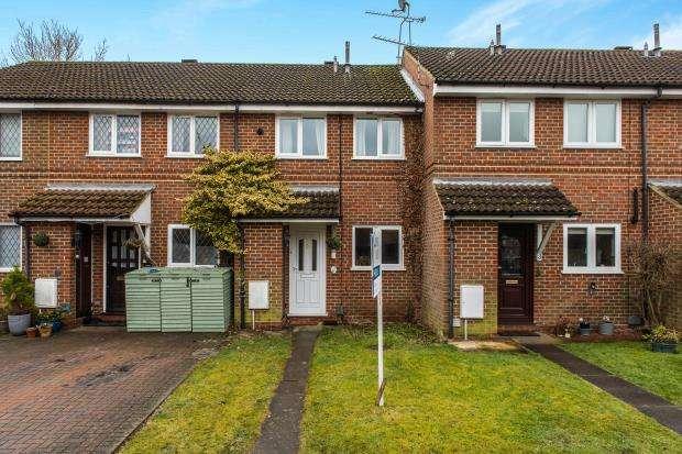2 Bedrooms Terraced House for sale in Bisley, Woking, Surrey
