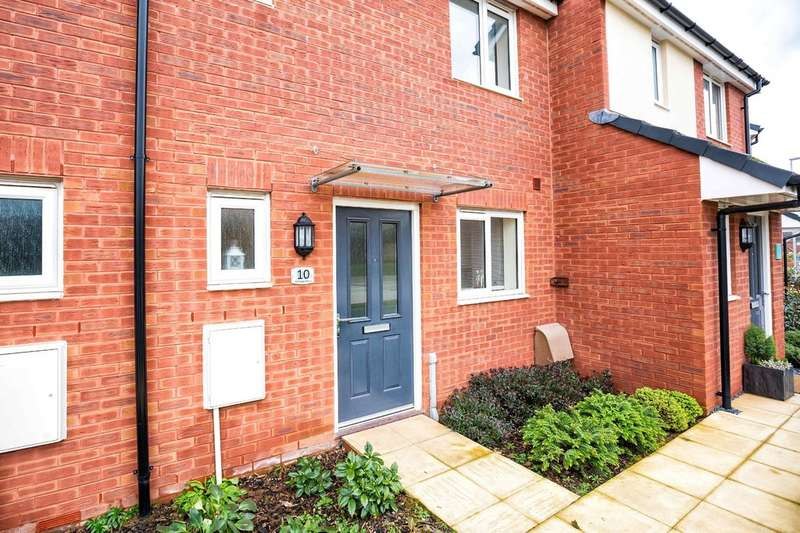 2 Bedrooms Terraced House for sale in Hill Barton Vale, Exeter EX1