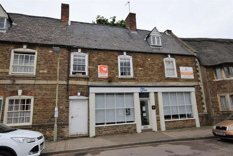 3 Bedrooms Property for sale in Northgate, Oakham