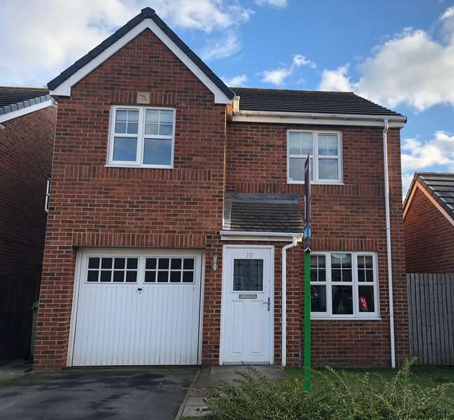3 Bedrooms Detached House for sale in George Stephenson Boulevard, Stockton-on-Tees, County Durham, TS19