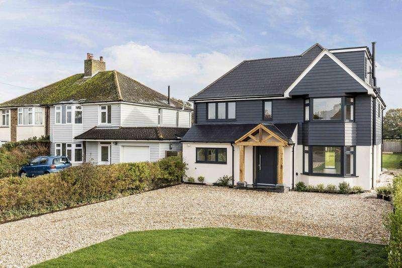 5 Bedrooms Detached House for sale in Bell Lane, Birdham