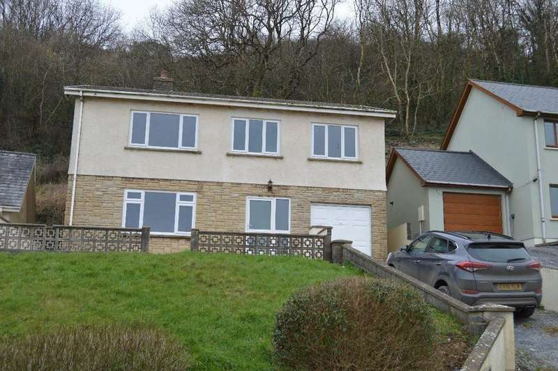 4 Bedrooms House for rent in Whitland, Pendine