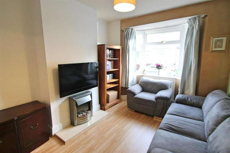 3 Bedrooms Terraced House for sale in Arthur Street, Bushey