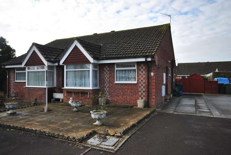 2 Bedrooms Semi Detached Bungalow for sale in Starcross Road, Worle, Weston-Super-Mare