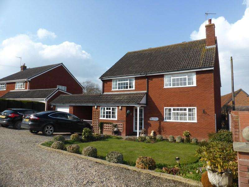 4 Bedrooms Detached House for sale in Cleeve Road, Marlcliff, Alcester