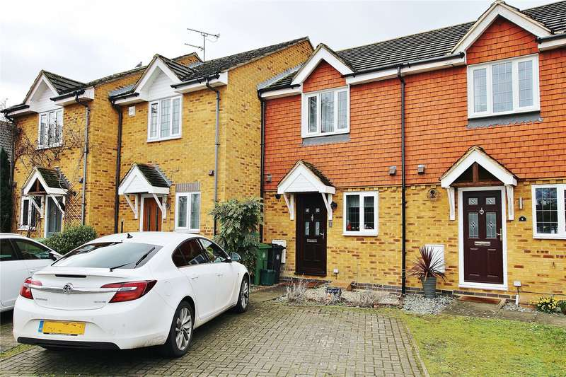 2 Bedrooms Terraced House for sale in Fennscombe Court, West End, Woking, Surrey, GU24