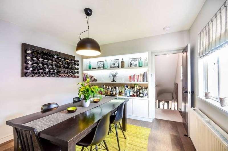 3 Bedrooms Flat for sale in Dunstans Road, London SE22