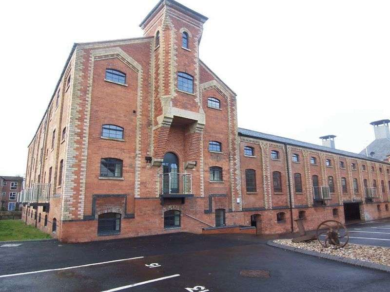 2 Bedrooms Property for rent in River View Maltings, Grantham