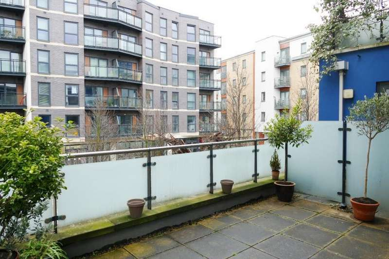 1 Bedroom Apartment Flat for sale in SIMPSONS FOLD WEST, 22 DOCK STREET, LEEDS, LS10 1JF