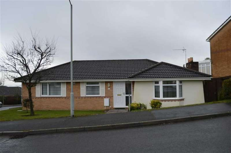 3 Bedrooms Detached Bungalow for sale in Ffordd Aneurin Bevan, Swansea, SA2