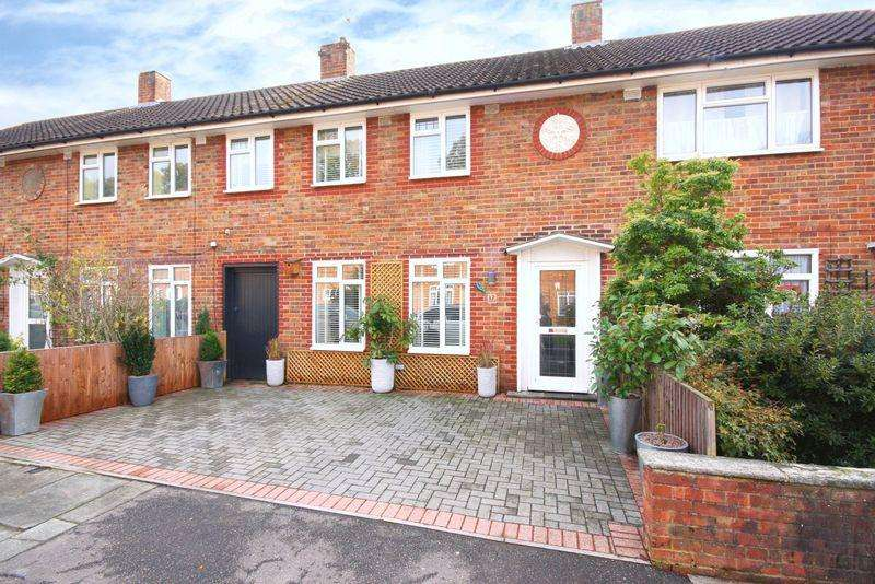3 Bedrooms House for sale in West Green , Crawley