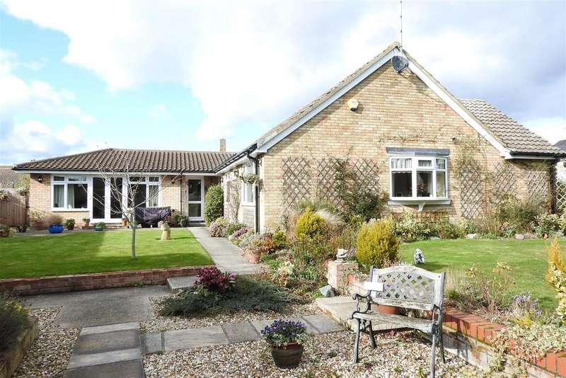 3 Bedrooms Detached Bungalow for sale in Priory Farm Road, Hatfield Peverel, Chelmsford