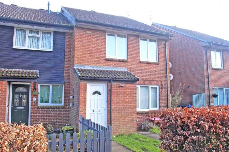 1 Bedroom Flat for sale in The Squirrels, Welwyn Garden City, Hertfordshire