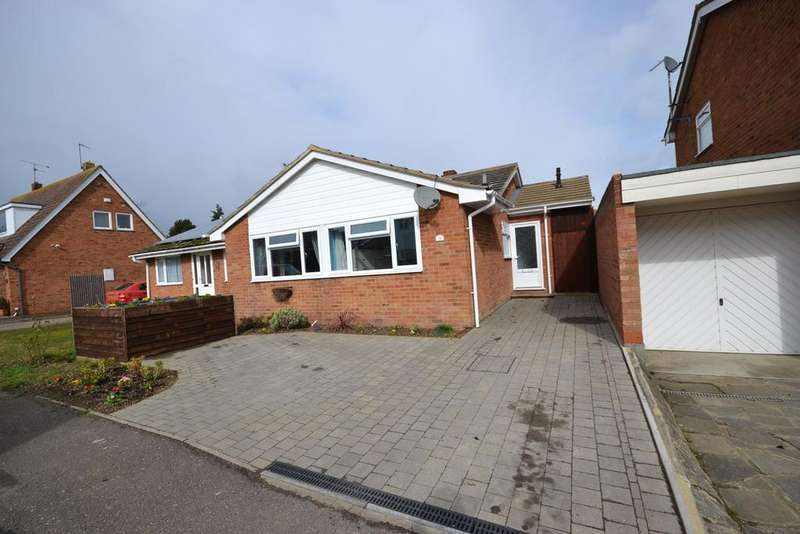 3 Bedrooms Semi Detached Bungalow for sale in Sceptre Close, Tollesbury, Maldon, CM9