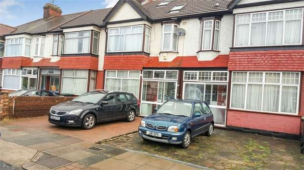 4 Bedrooms Terraced House for sale in Kenmare Gardens, London