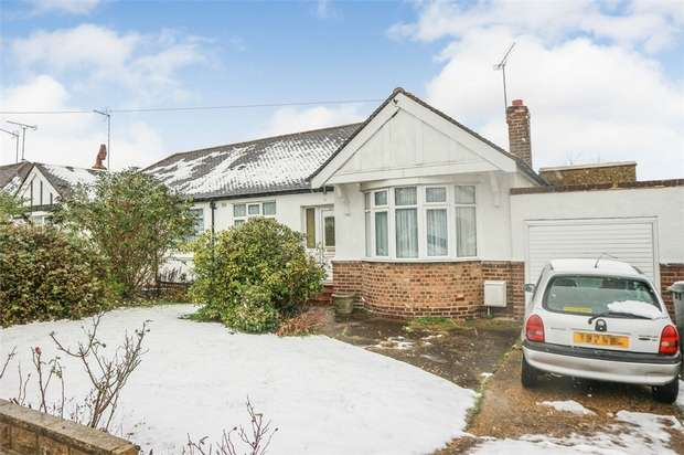 2 Bedrooms Semi Detached Bungalow for sale in Haslemere Avenue, Barnet, Hertfordshire