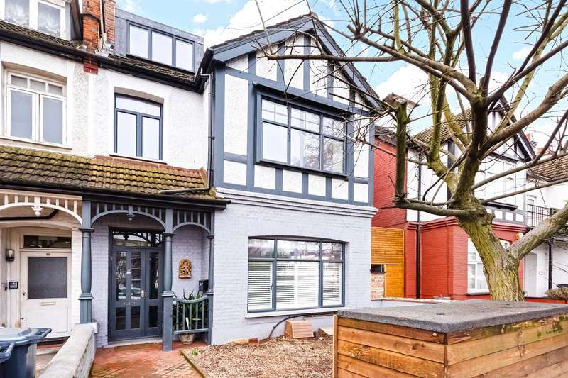 2 Bedrooms Flat for sale in Ellesmere Road, Chiswick, London, W4