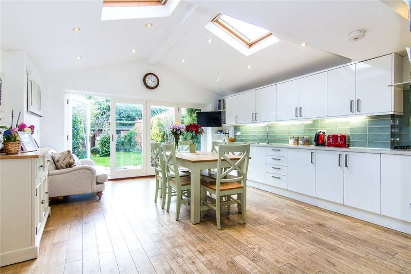 4 Bedrooms Terraced House for sale in Marcilly Road, Wandsworth, London, SW18