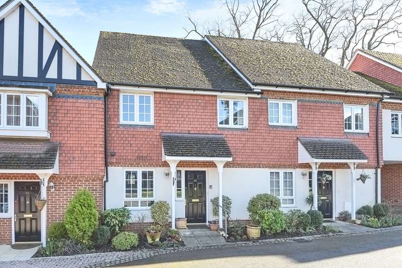2 Bedrooms Retirement Property for sale in Harding Place, Wokingham, RG40