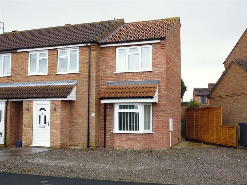 3 Bedrooms Detached House for sale in Beaufort Close, Lincoln