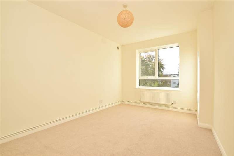 2 Bedrooms Flat for sale in Brighton Road, , Sutton, Surrey