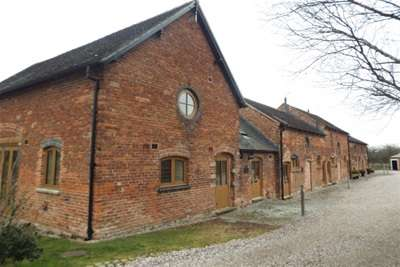 3 Bedrooms Barn Conversion Character Property for rent in Jack Lane, Weston, Crewe, CW2