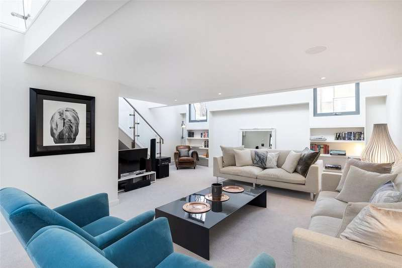 3 Bedrooms House for sale in Colville Mews, London