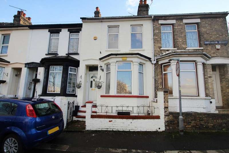 3 Bedrooms Terraced House for sale in Hartington Street Chatham ME4