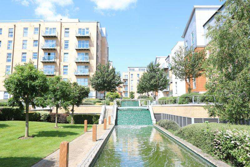 2 Bedrooms Apartment Flat for rent in South Woodford E18