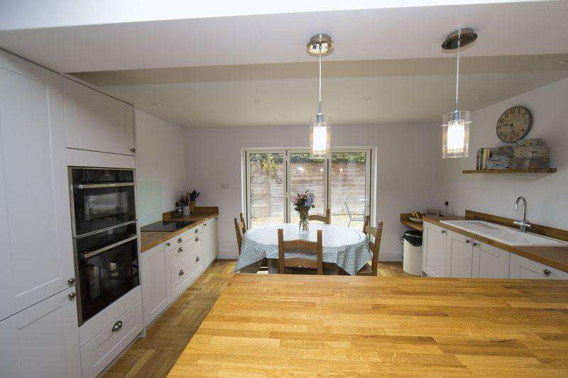 4 Bedrooms Semi Detached Bungalow for sale in New Road, Chevington