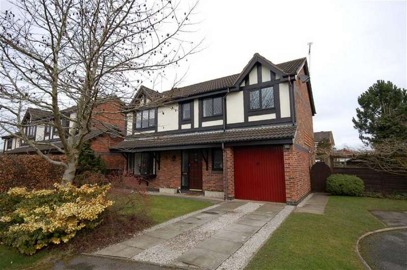 4 Bedrooms Detached House for sale in Oakhurst Drive, Wistaston, Crewe