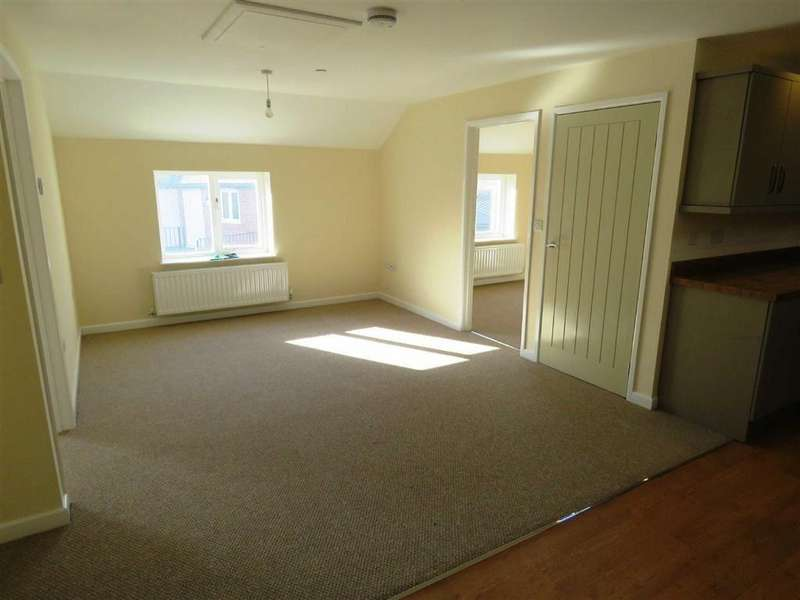 2 Bedrooms Apartment Flat for rent in Llansantffraid, SY22