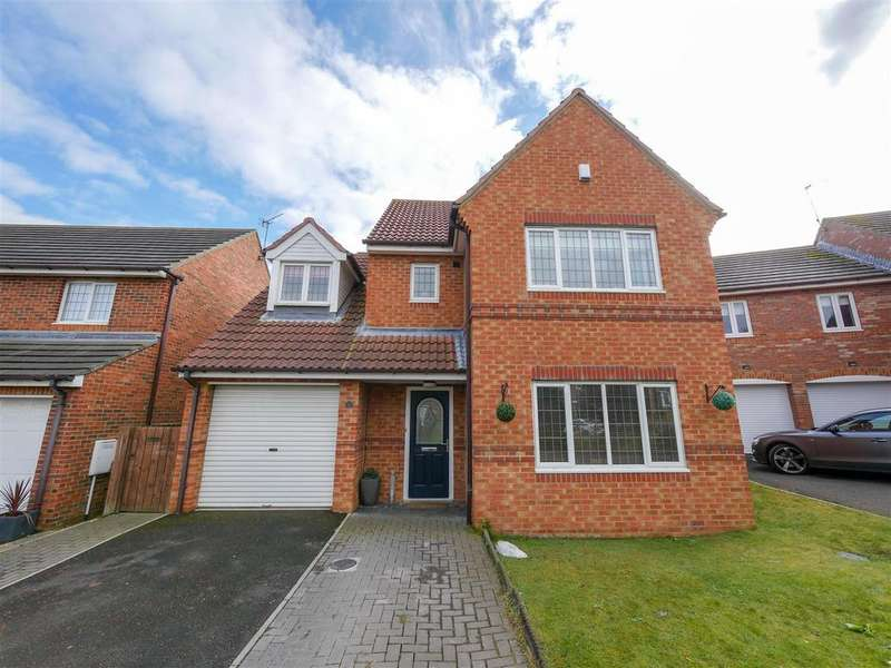 4 Bedrooms Detached House for sale in Highclere Drive, Tunstall Grange, Sunderland