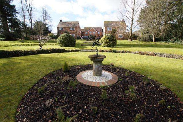 3 Bedrooms Terraced House for sale in Charlton House Court, Charlton Marshall, Blandford Forum