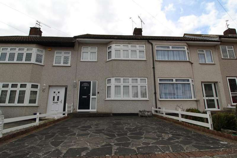 3 Bedrooms Terraced House for sale in Stour Way, Upminster, Essex, RM14