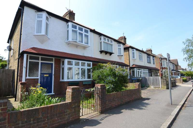 3 Bedrooms Property for rent in Grove Lane, Kingston upon Thames KT1