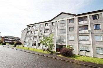 3 Bedrooms Maisonette Flat for rent in Greenlaw Avenue, Wishaw, ML2