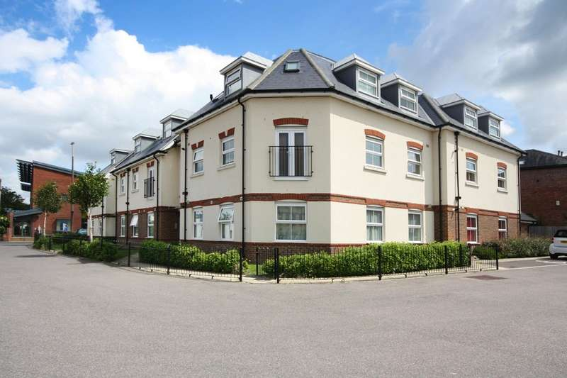 2 Bedrooms Flat for sale in Brighton Road, Horsham