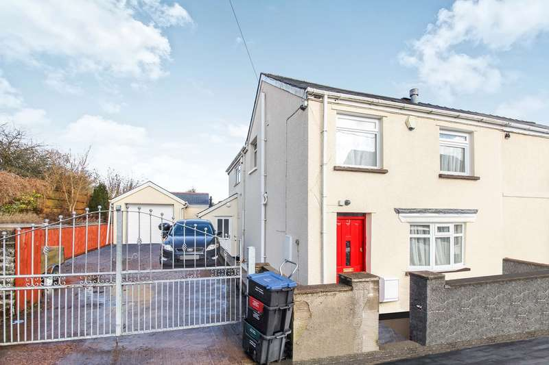 3 Bedrooms Semi Detached House for sale in Chandlers Road, Beaufort, Ebbw Vale, NP23