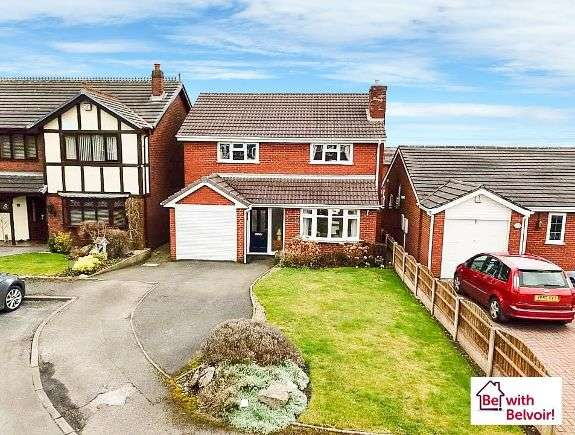 4 Bedrooms Detached House for sale in Kinross Avenue, Hednesford, Cannock