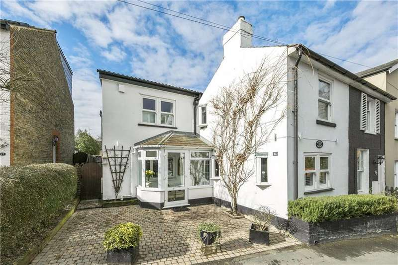 3 Bedrooms Semi Detached House for sale in Waverley Road, Weybridge, Surrey, KT13