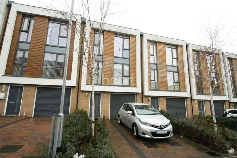 4 Bedrooms Terraced House for rent in Firepool View