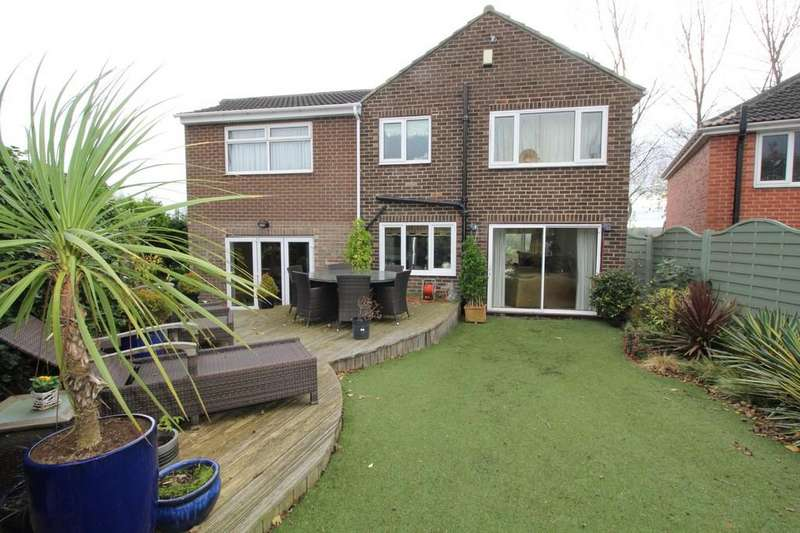 5 Bedrooms Detached House for sale in Kendal Drive , Off Doncaster Road