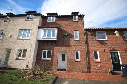 4 Bedrooms Terraced House for sale in Cleveland Drive, Washington, Tyne and Wear, NE38